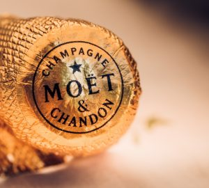 Cápsula do champagne Moet Chandon