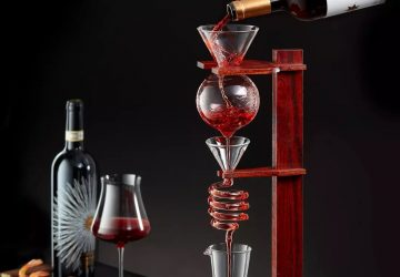 Wine Tower Decanting Set